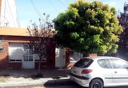 Foto Casa en Venta en  Trelew ,  Chubut  Maria Humphreys 58