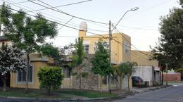 Foto thumbnail Casa en Venta en  Castelar Sur,  Castelar  Becquer al 2000