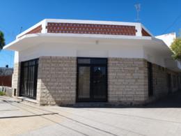 Foto Local en Alquiler en  Área Centro Sur,  Capital  Libertad 106 - Centro Bajo