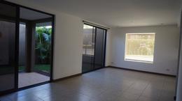 Foto Casa en condominio en Renta en  Pozos,  Santa Ana  Casa en Condominio en Santa Ana