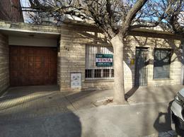 Foto Casa en Venta en  Capital ,  Neuquen  Av Olascoaga y Libertad