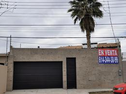 Foto Casa en Venta en  Chihuahua ,  Chihuahua  FRACC. SICOMOROS, A MEDIA CUADRA DE AVE. MIRADOR. RESIDENCIA DE OPORTUNIDAD!!