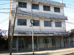 Foto Local en Alquiler en  Esc.-Centro,  Belen De Escobar  Bernardo de Irigoyen 349