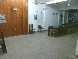 Foto Local en Alquiler en  Moron Norte,  Moron  SARMIENTO al 900