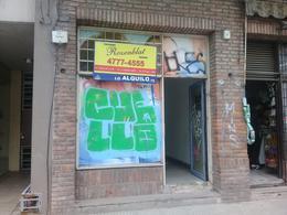 Foto Local en Alquiler en  Palermo ,  Capital Federal  Av Nicetro Vega al 5900