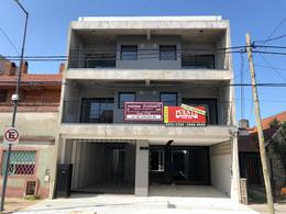 Foto Local en Venta en  Lomas de Zamora Oeste,  Lomas De Zamora  Portela 634 PB  - FRENTE