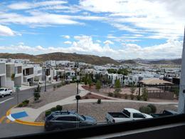 Foto Casa en Venta en  Residencial Albaterra,  Chihuahua  Casa en Venta en Albaterra Frente a Parque y Vista