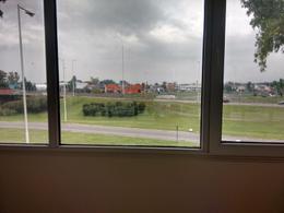 Foto thumbnail Oficina en Alquiler en  Barrio Parque Leloir,  Ituzaingo  Av. presidente peron al 9400
