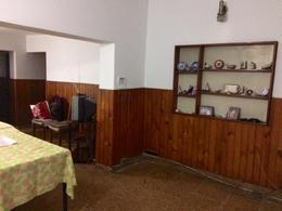 Foto Casa en Venta en  San Jose,  Lomas De Zamora  Salta al 1700