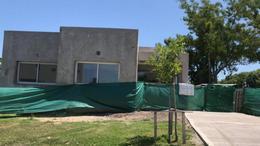 Foto Casa en Venta en  Santa Elena ,  Pilar Del Este  Santa Elena 9