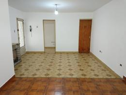 Foto Casa en Alquiler en  Lomas De Zamora,  Lomas De Zamora  Manuel Baliña al 200