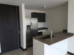 Foto Departamento en Venta | Renta en  Mata Redonda,  San José  Apartamento en Sabana amueblado con vista 11vo piso