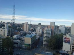 Foto Departamento en Venta en  Capital ,  Neuquen  Rivadavia  & Buenos Aires