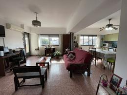 Foto PH en Venta en  Bernal Oeste,  Quilmes  Dr. Pozzo 390 esquina Ameghino
