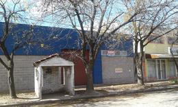 Foto Galpón en Venta en  Perez ,  Santa Fe  Sarmiento y Urquiza