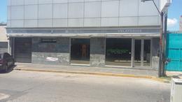 Foto Edificio Comercial en Venta en  Adrogue,  Almirante Brown  BYNNON nº 1744, entre Drumond y Plaza Bynnon