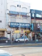 Foto Local en Venta en  Lanús ,  G.B.A. Zona Sur  IDEAL EMPRENDIMIENTO AVENIDA HIPOLITO IRIGOYEN  4458 LANUS