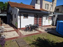 Foto Casa en Venta en  Castelar Sur,  Castelar  Buenos Aires al 1200