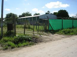 Foto Galpón en Venta en  Lambertucci,  Belen De Escobar  Las Azucenas 2351