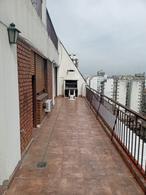 Foto Departamento en Alquiler en  Flores ,  Capital Federal  Av. Rivadavia al 6300