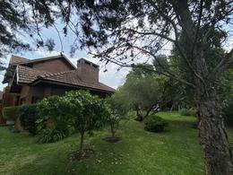 Foto Casa en Venta en  San Diego C.C,  Countries/B.Cerrado (Moreno)  Propiedad Clásica en excelente ubicación central