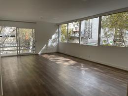 Foto Apartamento en Venta en  Pocitos ,  Montevideo  Espectacular planta. Usado a estrenar!