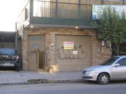 Foto Local en Alquiler en  Esc.-Centro,  Belen De Escobar  25 de mayo 1033