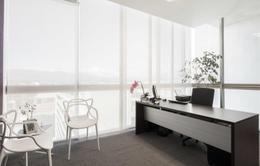 Foto Oficina en Renta en  Calle Blancos,  Goicoechea  Oficina en Centro Corporativo/ Vistas / Amueblada / Amplios espacios/ Seguridad / Control de Acceso