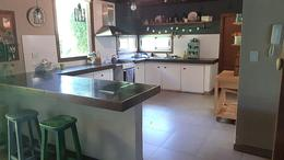 Foto Casa en Venta en  Camet,  Mar Del Plata  Tadeo Haencke entre San Pedro y Gonzalez Segura