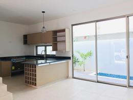 Foto Casa en condominio en Venta en  Fraccionamiento El Pedregal,  Banderilla  Casa Residencial Arbolada Cancun, by Cumbres, 3 Recamaras, Piscina, Se