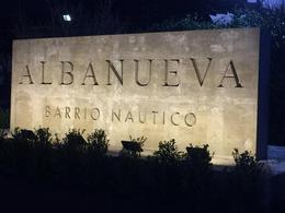 Foto Terreno en Venta en  Albanueva,  Countries/B.Cerrado  Albanueva, Venta  de Lote con Amarra
