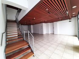 Foto Local en Alquiler en  Miraflores,  Lima  Avenida El Ejercito