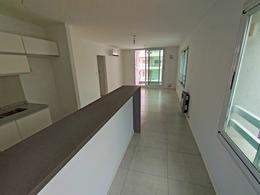Foto Departamento en Venta en  Abasto,  Rosario  Presidente Roca 2351 - 2 Dormitorio - 3er Piso