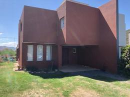 Foto Casa en Venta en  La Cuesta,  Countries/B.Cerrado (Cordoba)  La Cuesta Country