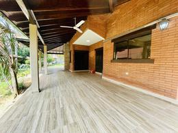 Foto Casa en Alquiler en  Ykua Sati,  La Recoleta  Zona Ykua Sati