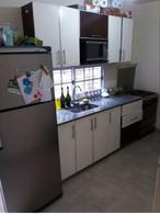 Foto PH en Venta en  Villa Santos Tesei,  Hurlingham  kiernan al 400