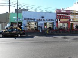 Foto Local en Alquiler en  Rosario,  Rosario  Local frente a la Terminal de Omnibus