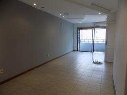 Foto thumbnail Departamento en Venta | Alquiler en  Punta Carretas ,  Montevideo  G.Cortinas y Bvar prox