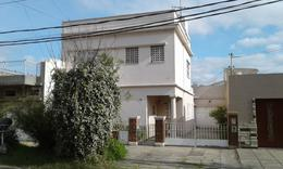 Foto Casa en Venta en  Valentin Alsina,  Lanus  IGNACIO CORTINA al 1800