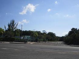 Foto Terreno en Venta en  Solidaridad ,  Quintana Roo  Lote Multifamiliar Arrecifes Playa del Carmen P2610