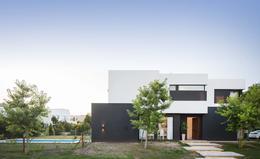 Foto Casa en Venta en  Los Lagos,  Nordelta  Casa en Nordelta - Los Lagos al 200