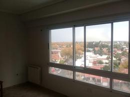 Foto Departamento en Alquiler en  Lomas de Zamora Oeste,  Lomas De Zamora  Garibaldi 11 piso 10° B