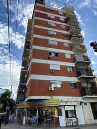 Foto Departamento en Alquiler en  Balvanera ,  Capital Federal  La Rioja al 700