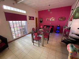 Foto Casa en Venta en  General San Martin,  General San Martin  Libertad Nº 4400