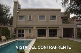 Foto Casa en Venta en  Adrogue,  Almirante Brown  CANALE 1353, entre Demaría y Ferrari