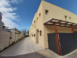 Foto Casa en Venta en  Victoria,  San Fernando  Simon de Iriondo al 800