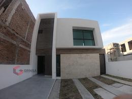 Foto Casa en Venta en  Fraccionamiento Lomas de la Rioja,  Alvarado  Casa en Venta 3 Recámaras La Rioja, Alvarado
