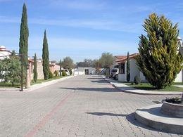 Foto Casa en Venta en  La Magdalena,  Tequisquiapan  Casa de una planta en conjunto residencial