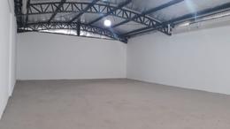 Foto Nave Industrial en Alquiler | Venta en  Villa Lynch,  General San Martin  San Antonio al 1500