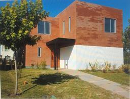 Foto Casa en Venta en  Las Tipas,  Nordelta  Las Tipas 268